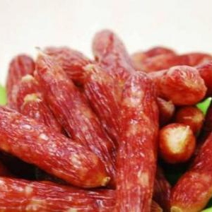 舌尖上的盐城特产香肠加工--滨海香肠